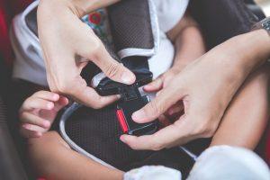 Παιδικό κάθισμα αυτοκινήτου για περισσότερη οδική ασφάλεια