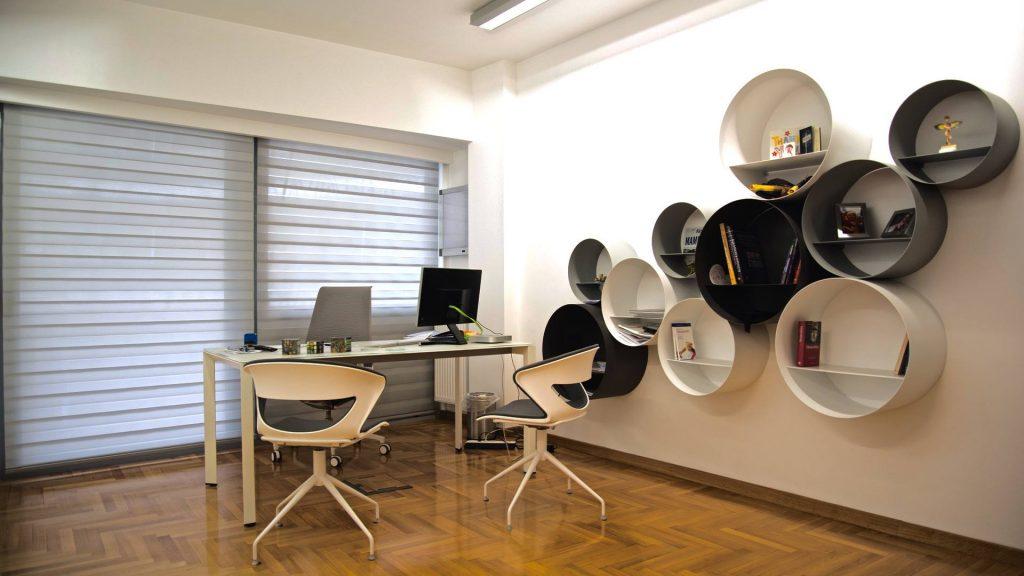 Το γραφείο του ιατρού.