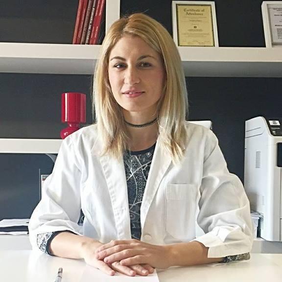 Η γυναικολόγος - μαιευτήρας Φιλίππου Παναγιώτα.
