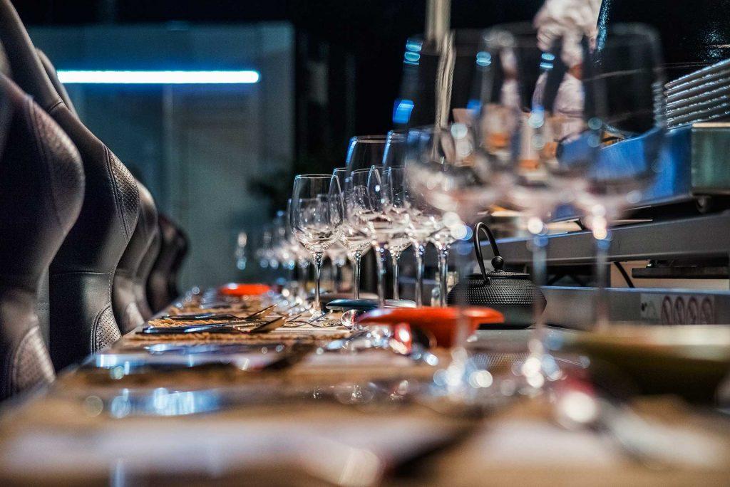 Τραπέζι έτοιμο για ..''πτήση''.