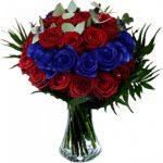 Μπουκέτο με μπλε και κόκκινα τριαντάφυλλα