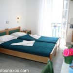 Δωμάτια στο nostos naxos studios.