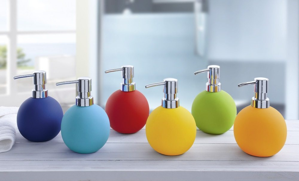 Αξεσουάρ μπάνιου. Βαζάκια για σαπούνια χεριών.