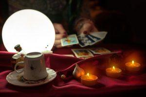 Ταρωμαντεία - καφεμαντεία - κρυσταλλομαντεία